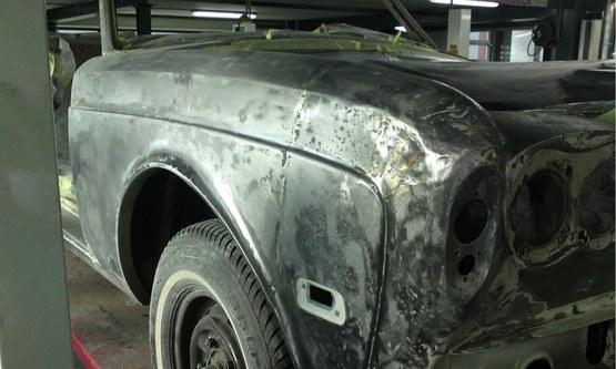 Rolls Royce Corniche schade voor herstel