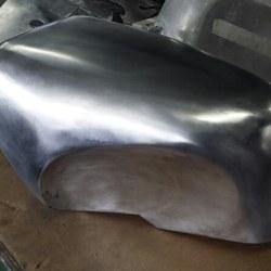 aluminium benzinetank motor 01.jpg