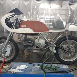 aluminium-delen-bmw-classic-racer-02.jpg