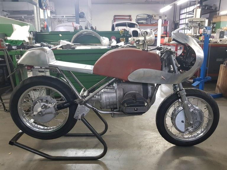 aluminium-delen-bmw-classic-racer-03.jpg