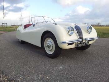 Jaguar_XK_120_No_670009_46.jpeg