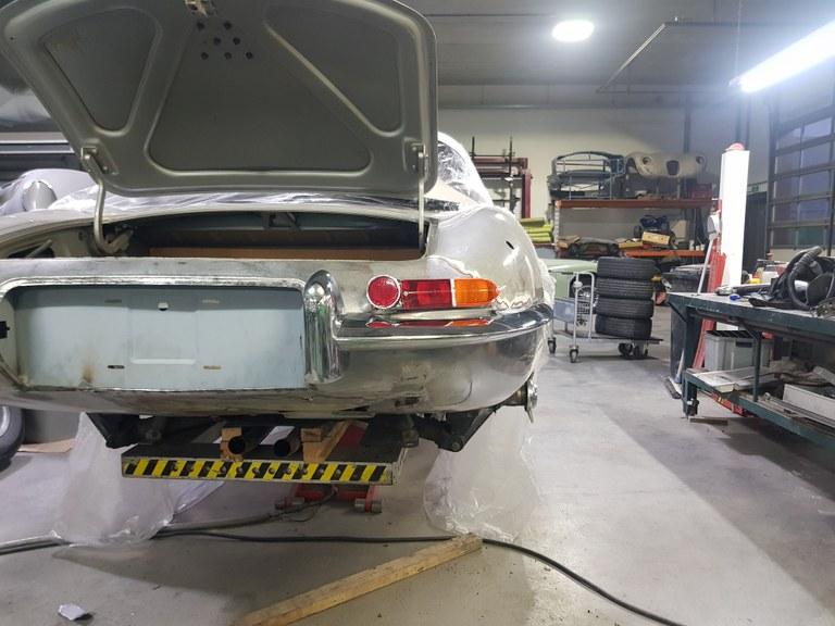 Jaguar E-Type Custom Build 22.jpg