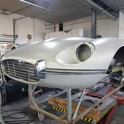 Jaguar E-Type Custom Build 44.jpg