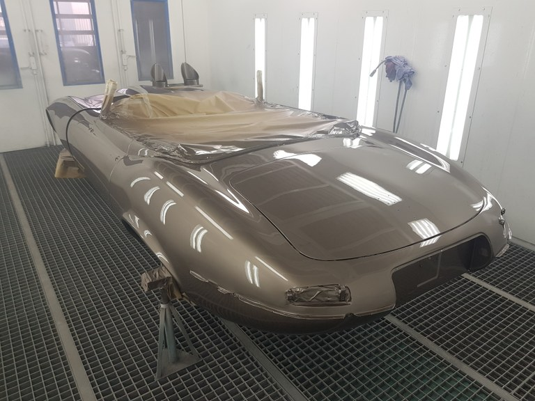 Jaguar E-Type Custom Build 52.jpg