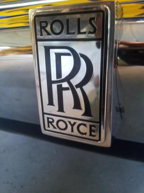 rolls royce corniche 29.jpg